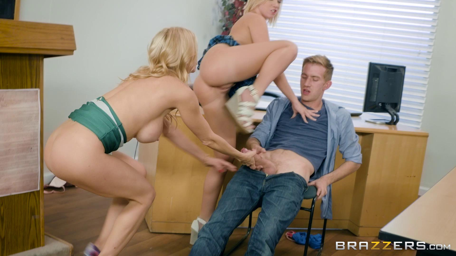 BigTitsAtSchool – Alexis Fawx And Bailey Brooke College Dreams