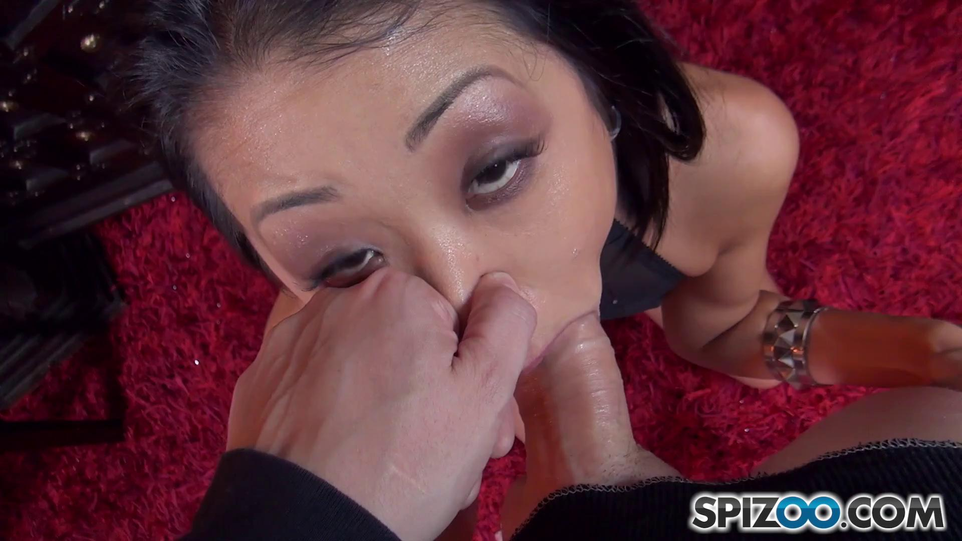 Spizoo – Saya Song Sloppy POV