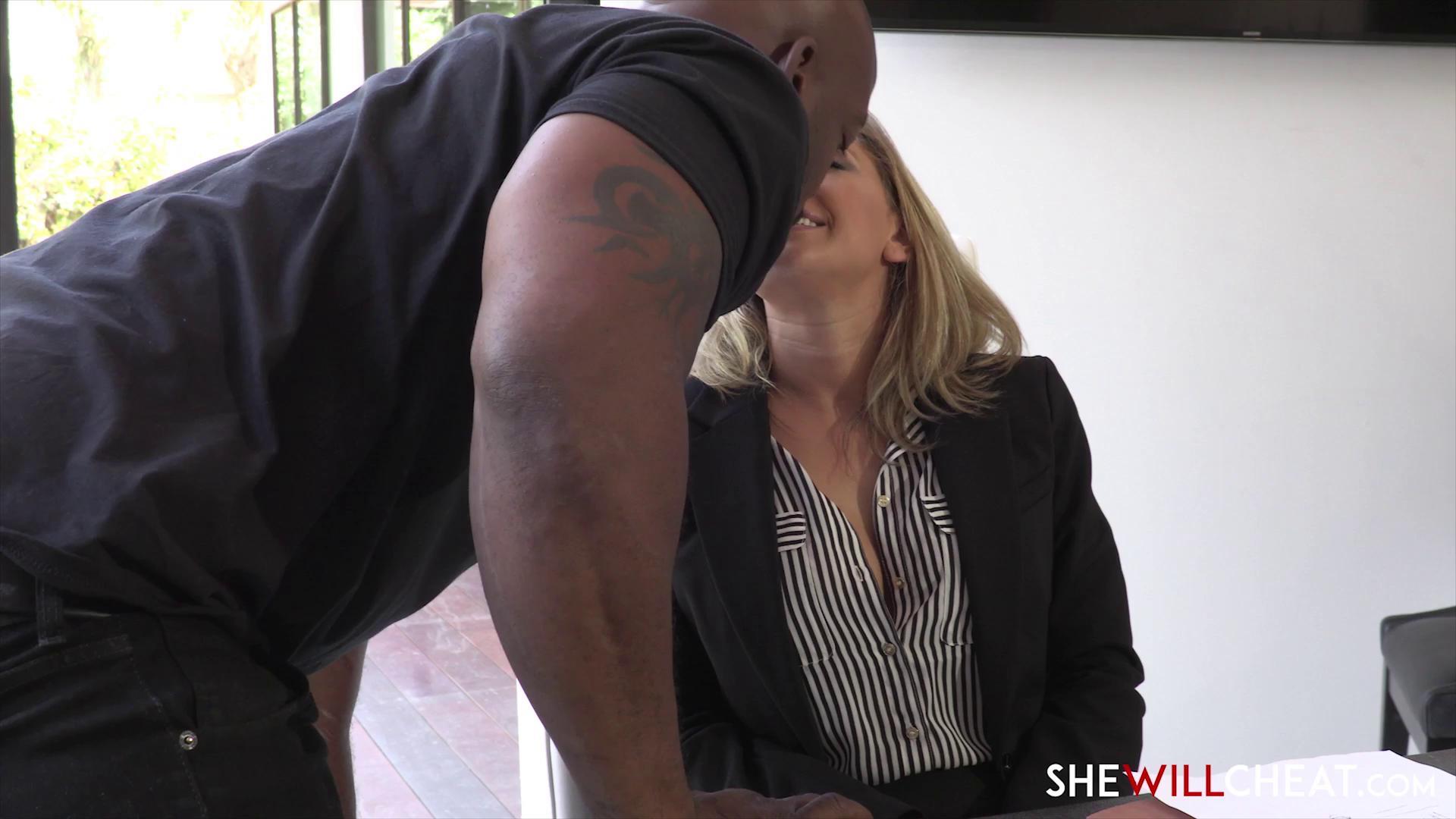 SheWillCheat – Kagney Linn Karter