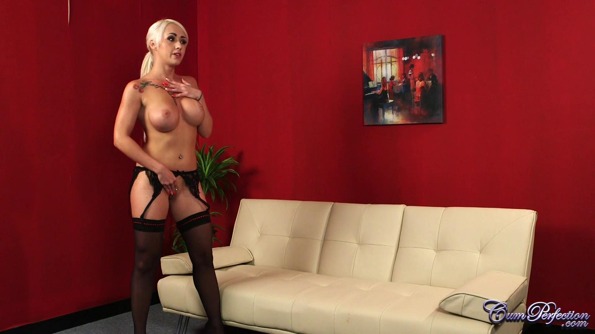 CumPerfection – Christina Shine Desperate For It