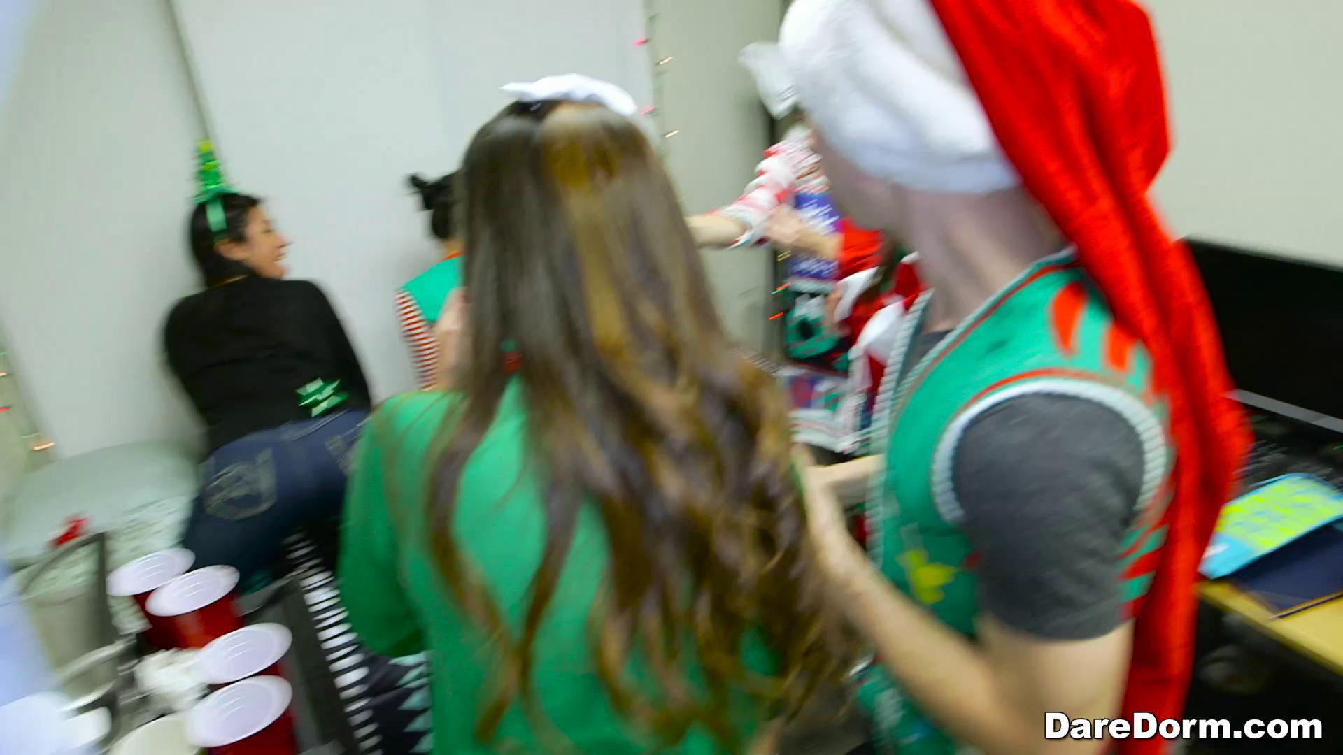 DareDorm – Cindy Starfall Lexy Bandera And Katya Rodriguez Holiday Cheer