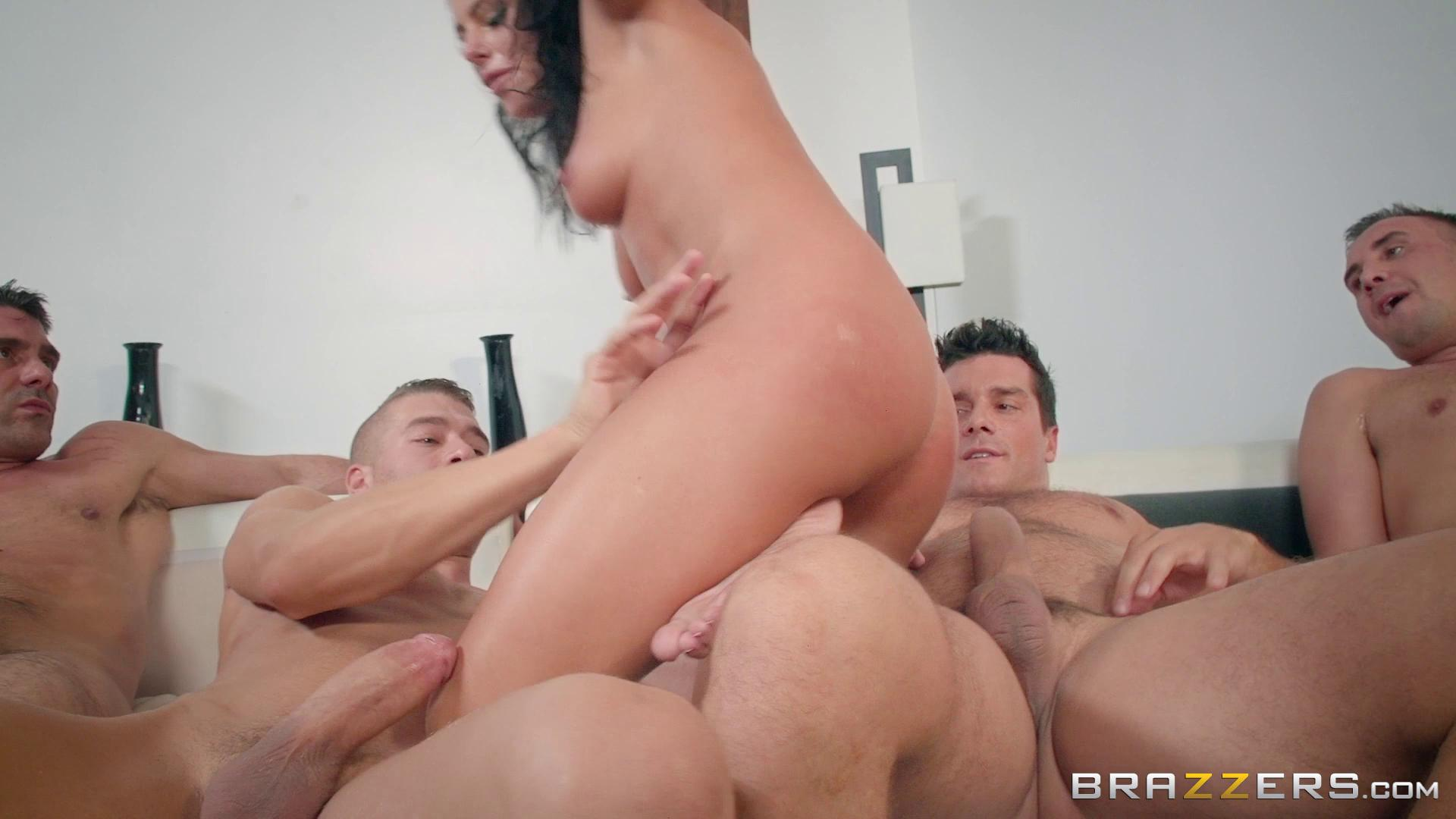 RealWifeStories – Adriana Chechik The Dinner Party