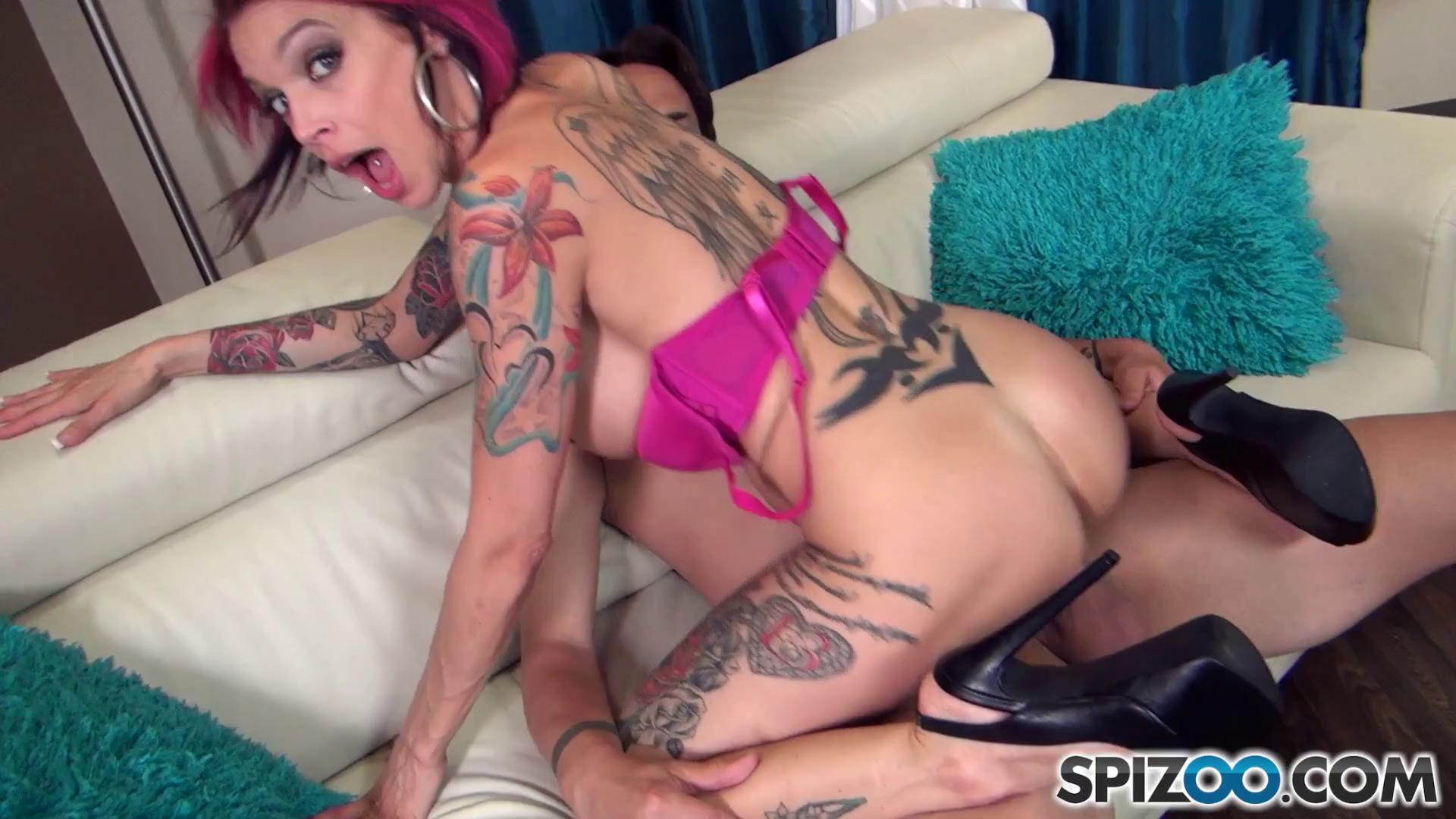 Spizoo – Anna Bell Peaks Goes Gonzo
