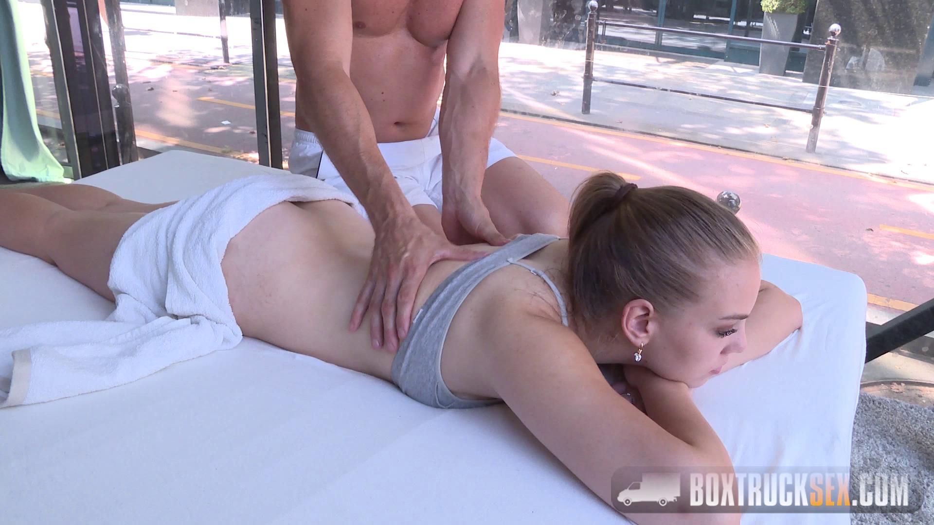 BoxTruckSex – Eva Briancon
