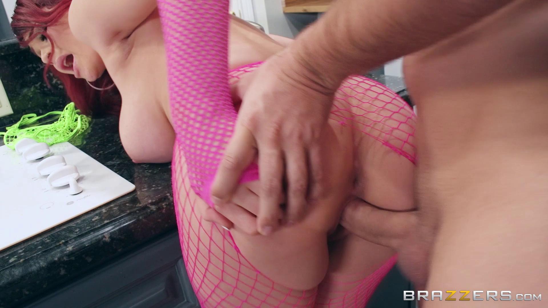 BabyGotBoobs – Skyla Novea Raving About Her Tits